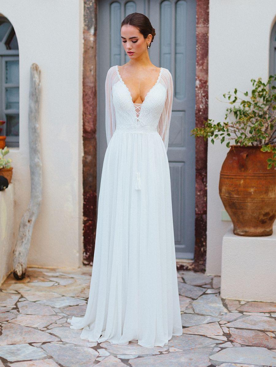 Allure Bridals Wilderly Bride 12