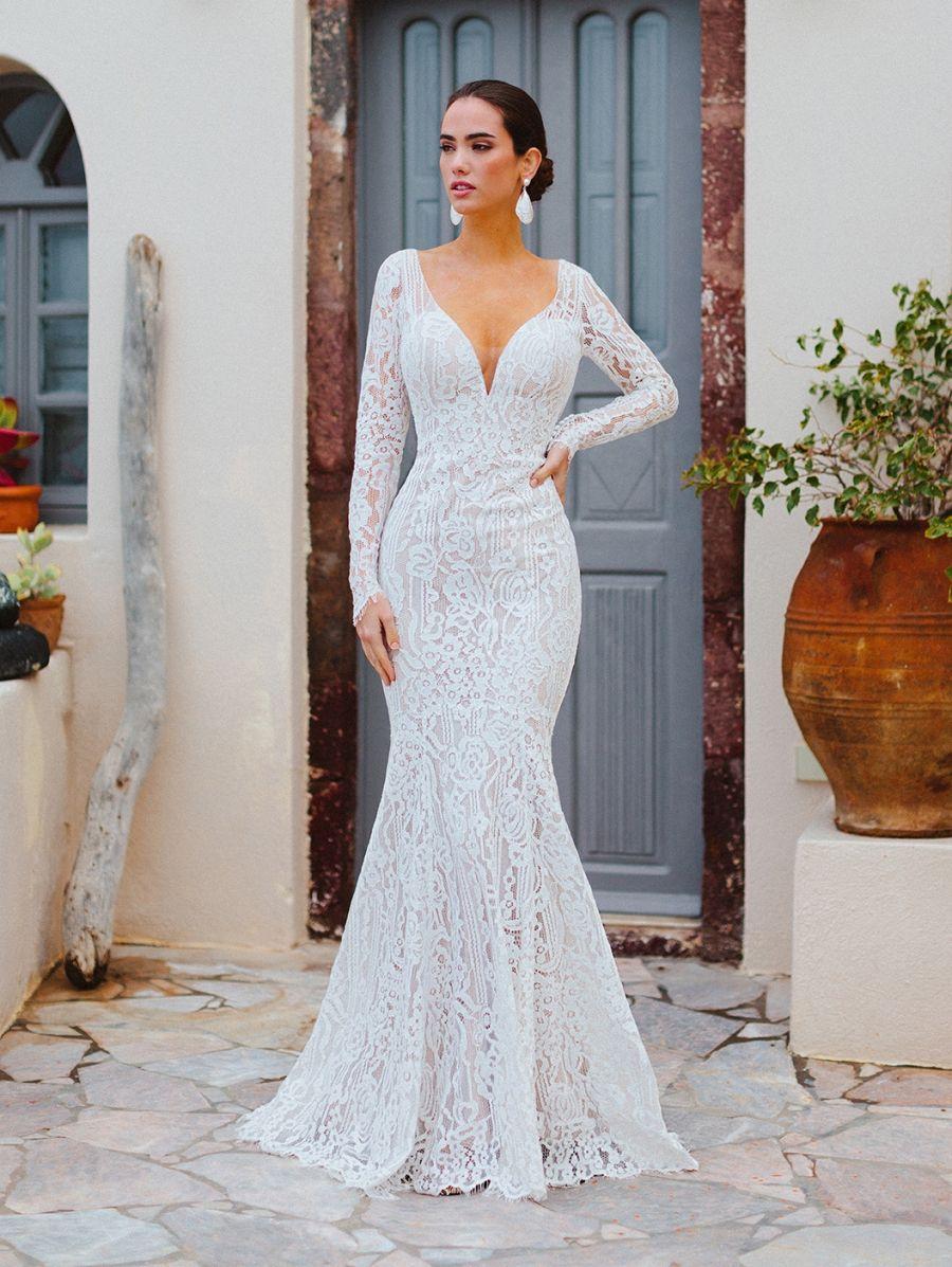 Allure Bridals Wilderly Bride 8