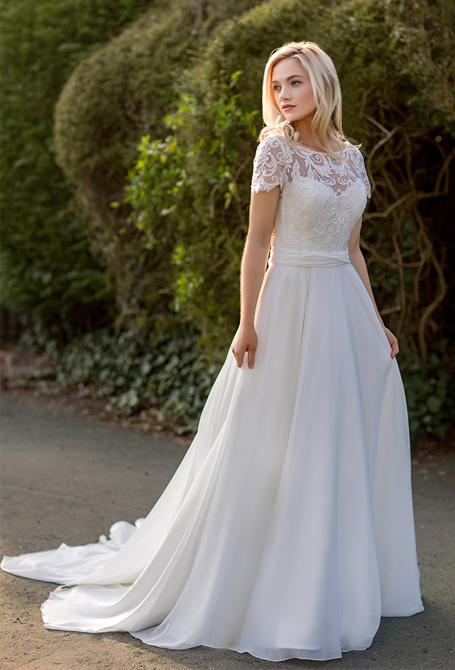 White Rose Bridal Leamington 13